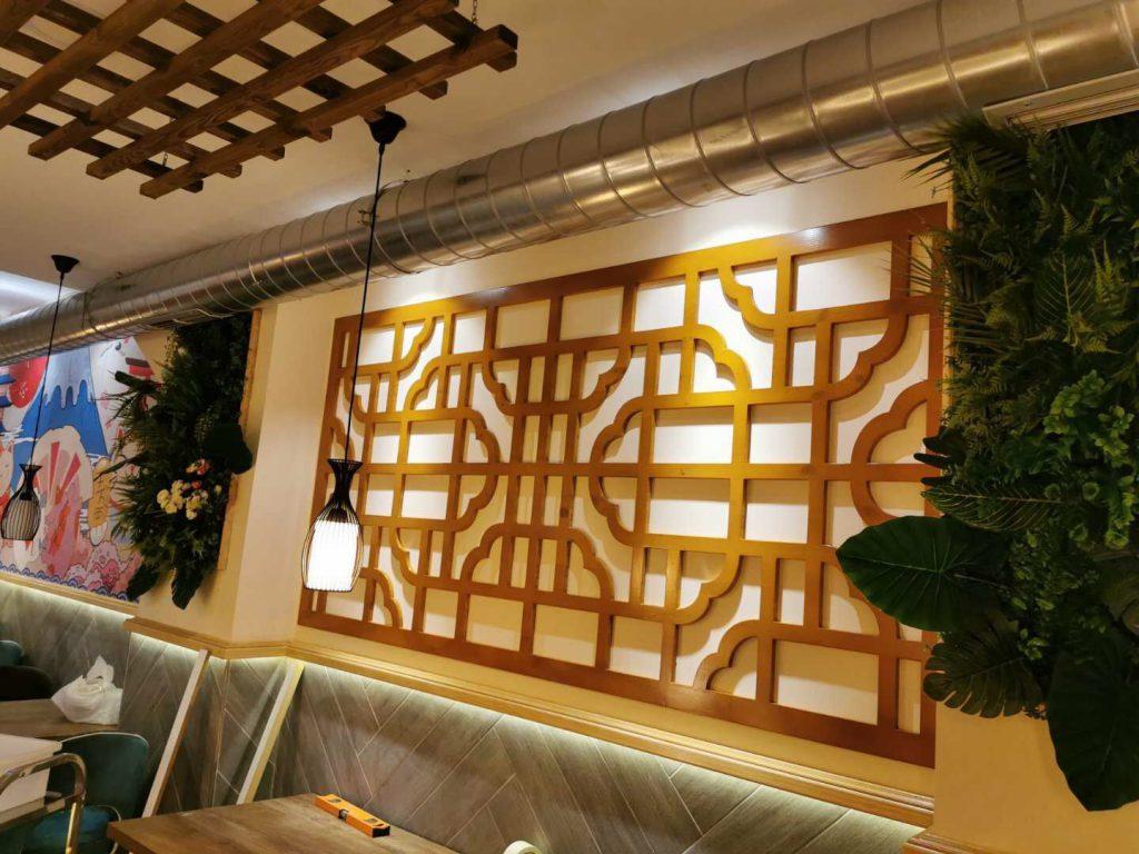 繁华都市 马德里广告公司 墙纸设计,安装 广告牌制作 马德里仓库区